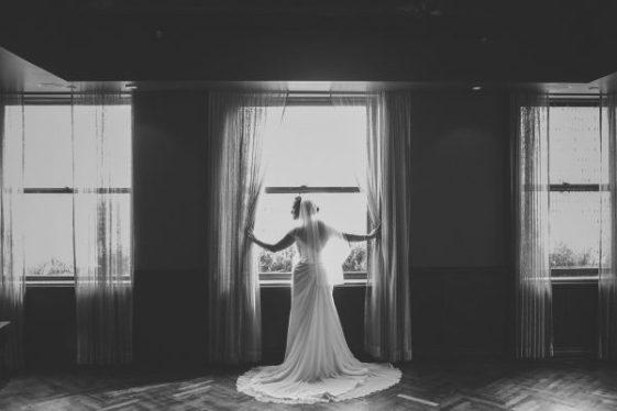 bride-romantic-photos-perch-los-angeles-wedding