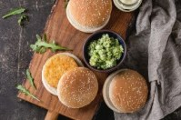 ingredients-making-vegan-burger_72772-2915_320x213