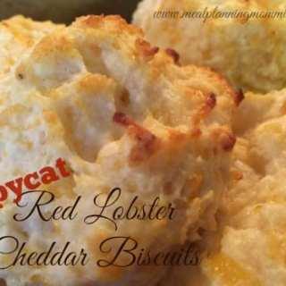 Cheddar Garlic Biscuits that taste like Red Lobster Cheddar Biscuits