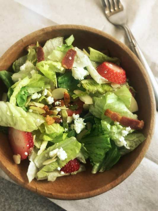 Red, White and Bleu Salad on Meal Planning Mommies