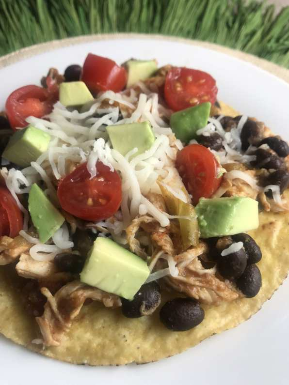 WW Chicken Tostadas on Meal Planning Mommies - Uses shredded chicken, black beans, avocado, tomatoes, and cheese - Just 4 WW FreeStyle SmartPoints per tostada!
