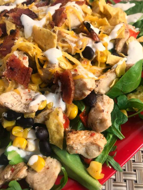 Alisha's Southwest Chicken Bacon and Ranch salad on Meal Planning Mommies.