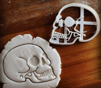 20 Macabre, Twisted, Unusual, Dark, Victorian, & Gothic Stocking Stuffers | Human Skull Cookie Cutter Press | Christmas Shopping | Gifts for the cook | Goth Baking | www.MeandAnnabelLee.com