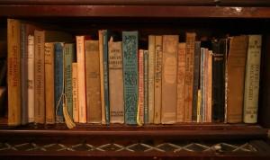 ruthsbookshelf