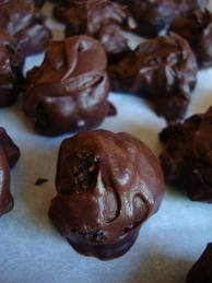 Old Fashioned Chocolate Sour Cream Cookies