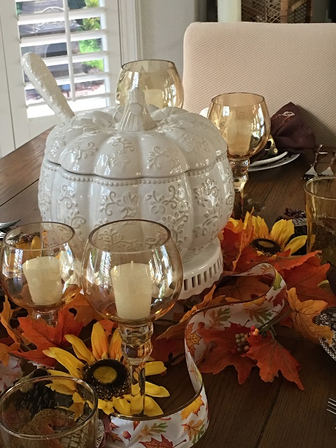 Blog - White pumpkin tablescape1
