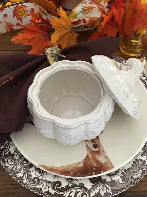 Blog - White pumpkin tablescape11