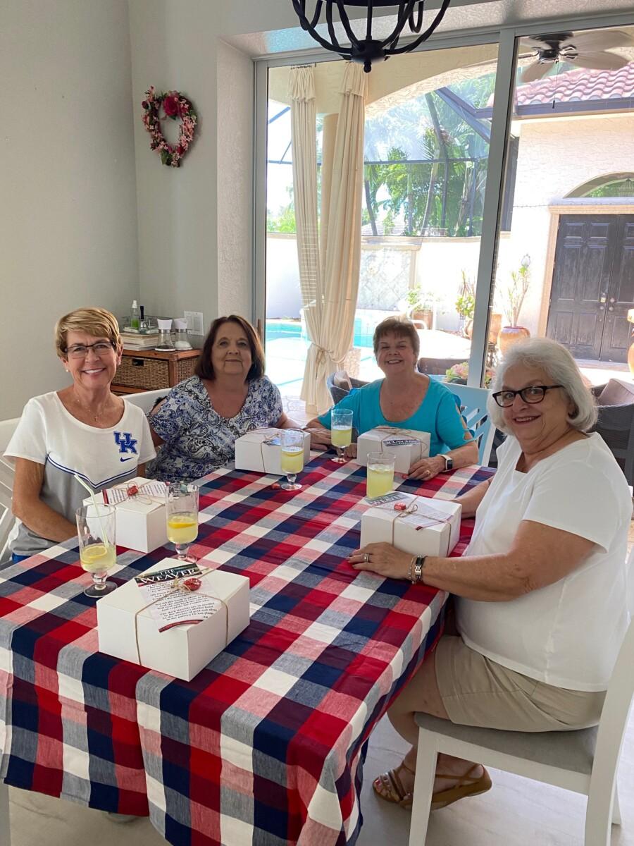 ladies having box lunches
