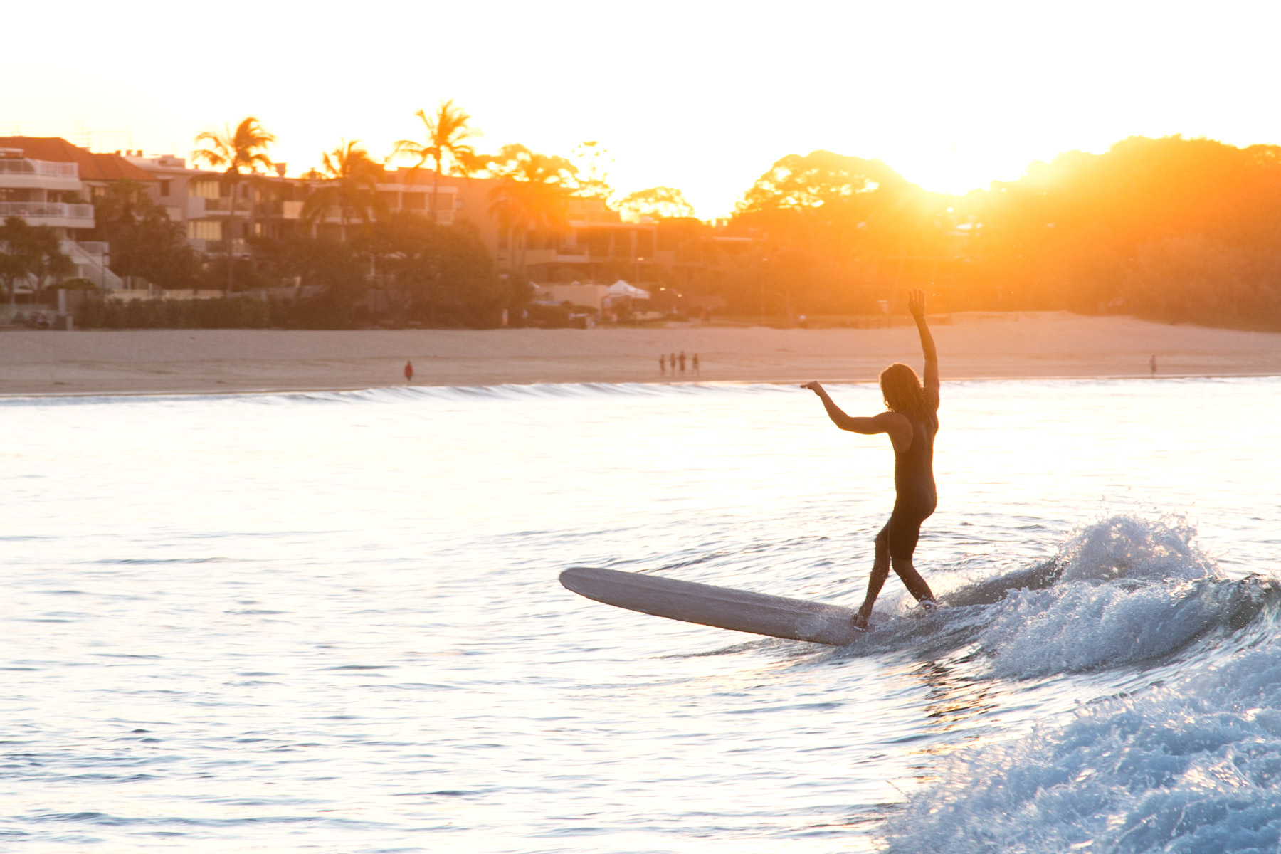 Healthy Travel Guide to Noosa Surf