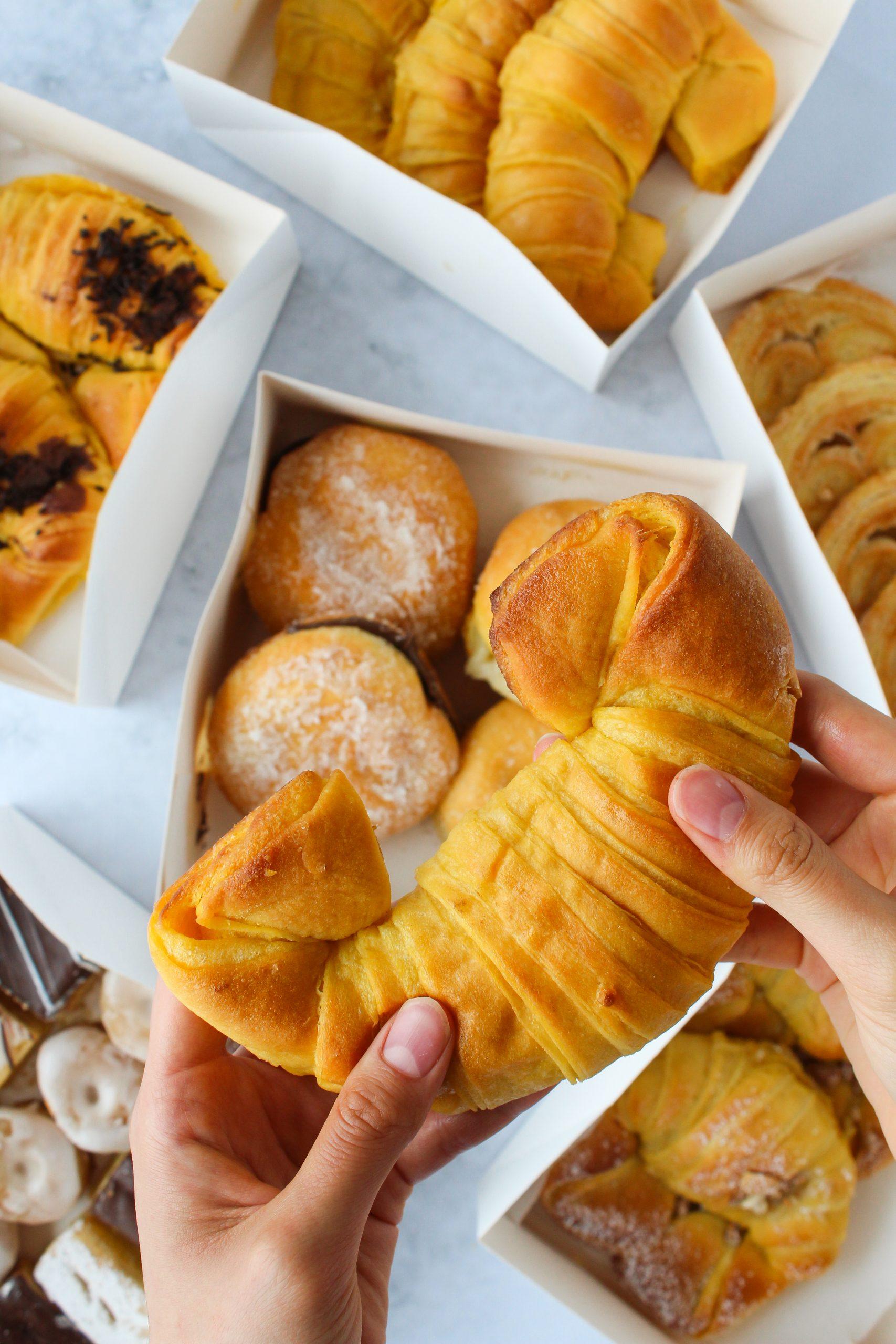 Croissant - Pastelaria Cravo e Canela