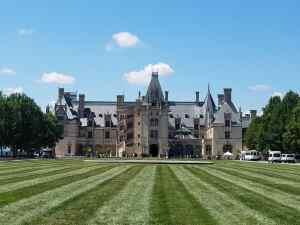 6 Reasons to Visit the Biltmore Estate