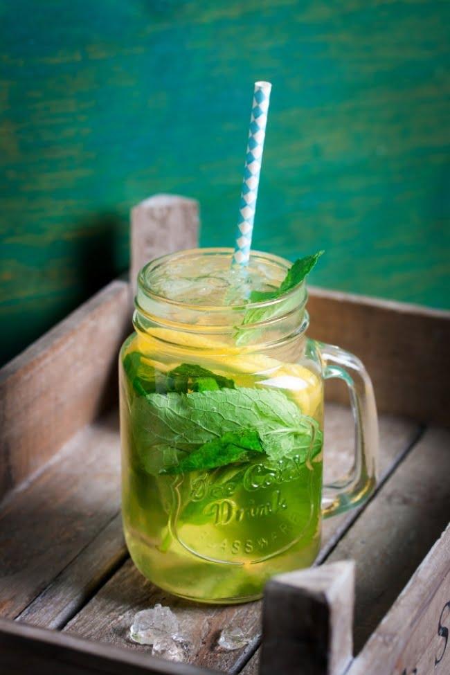 8-bebidas-naturais-que-aceleram-o-metabolismo-e-tonificam-sua-silhueta1
