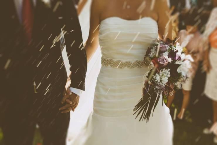 noivas-relatam-o-quanto-elas-odeiam-o-dia-do-casamento1