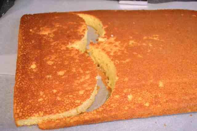 Cutting Cake_2