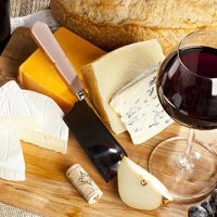 Try Chateauneuf du Pape: Guide to Food Pairing