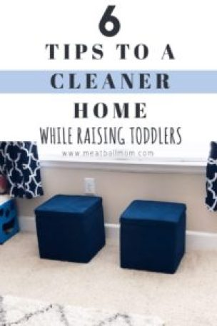 Does the idea of a cleaner home while having little kids around seem impossible?  It's not. The best part?  You can do ALL of these things in 1 hour or less! #simplify #clutterfree #organize #clutter #declutterandorganize #tidyhousetips #housecleaningtips #cleanhomewithkids #declutter #cleanhousetips #homeorganizationideas #cleanhouse #homeorganization #cleanhome