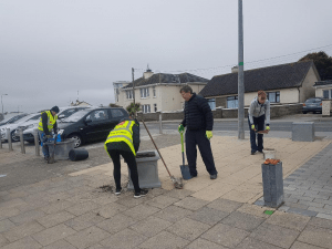 Laytown Tidy Towns volunteers