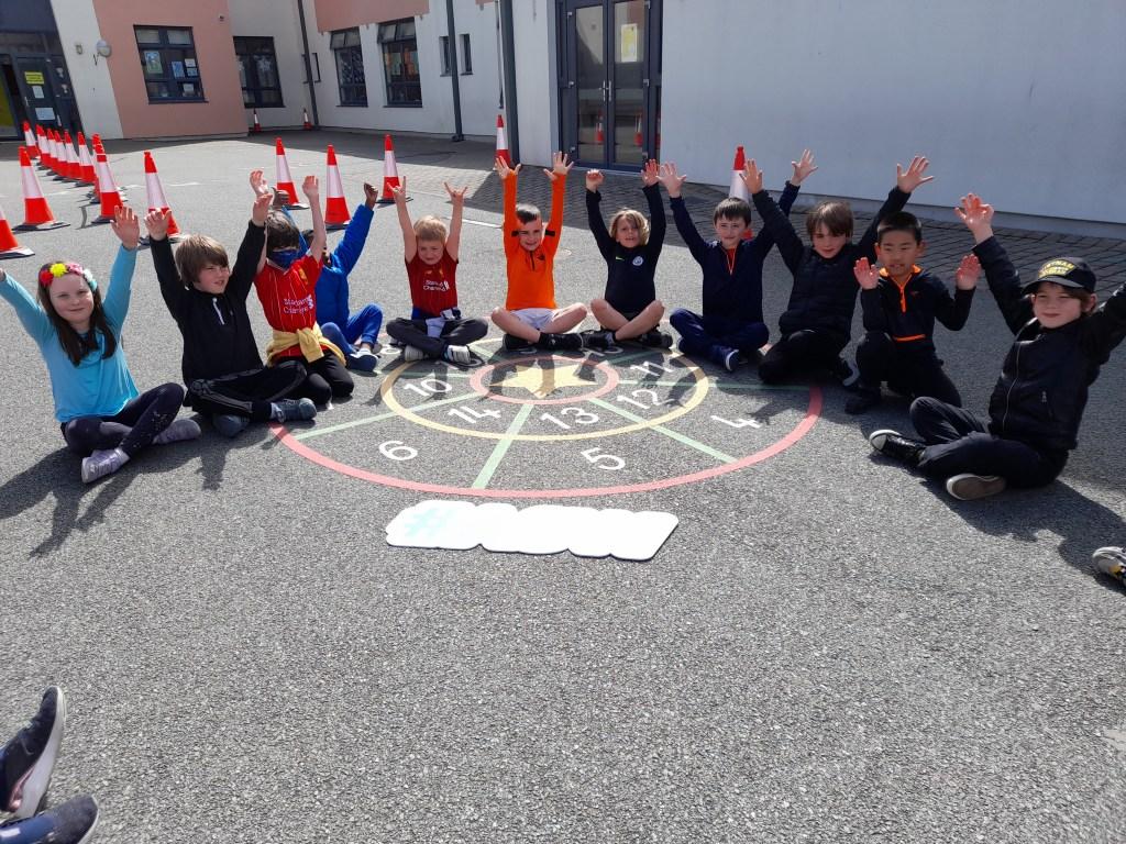 Active School Week Le Chéile E.T.N.S.