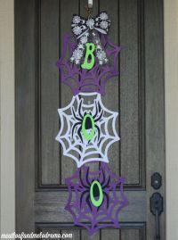 How to Make an Easy Halloween Door Hanger - Meatloaf and ...