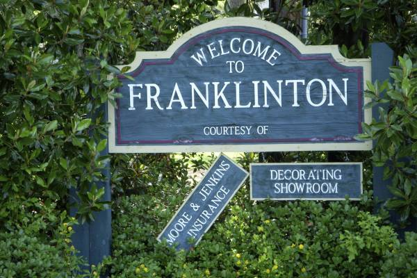 "Pronounced ""Frankleton"""