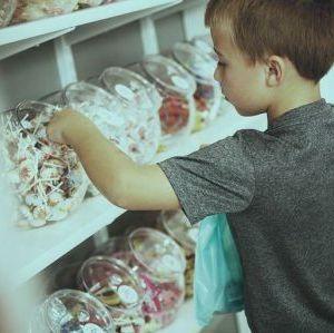 Hırsızlık Yapan Çocuğa Nasıl Yaklaşmalıyız?