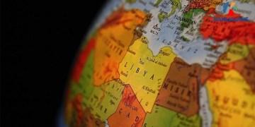 yurt dışı öğretmenlik şartları maaşları