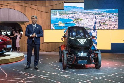 SEAT-kicks-off-its-e-mobility-offensive-in-Geneva_11_HQ