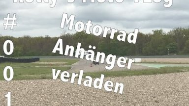 Motorrad richtig auf Anhänger verladen