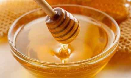 Le miel mélangé a l'eau une sunna incroyable