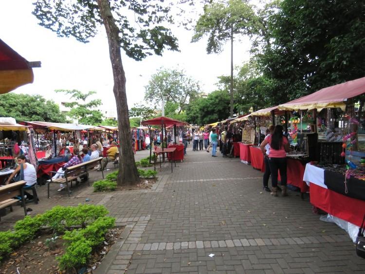 Parque Belén vendors