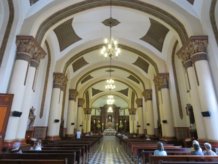 The Central Nave inside Inglesia de San José in El Poblado