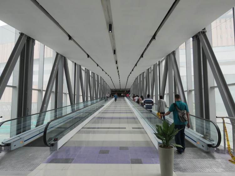 One of two pedestrian bridges connecting Mayorca to the new expansion