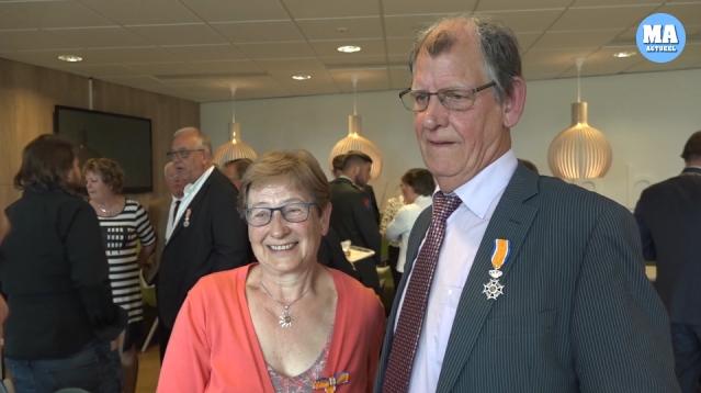 Jaap en Tineke Meester blijven bescheiden, zelfs met een lintje