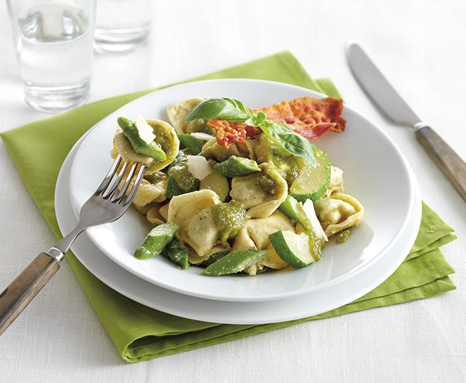 Tortellini met courgette (Foto: DEEN Supermarkten)