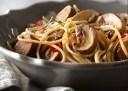 Wat eten wij vandaag: Romige spaghetti met champignons en worst