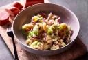 Wat eten wij vandaag: Uienstamppot met spekjes, spruitjes en ananas