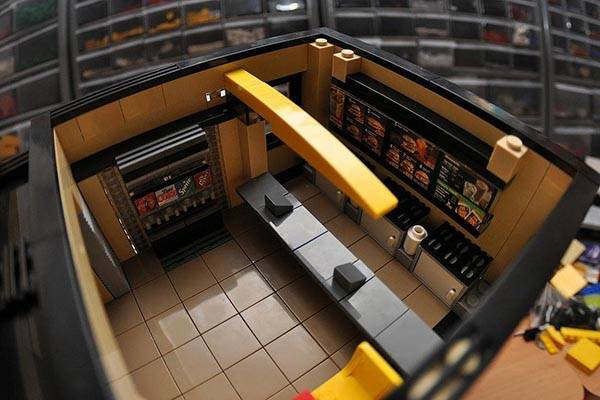 McDonalds Fast Food Restaurant LEGO Set  Gadgetsin
