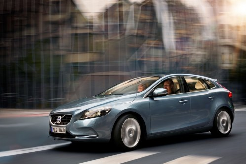 small resolution of the all new volvo v40 volvo sensus new personalised interactive dashboard volvo car uk media newsroom