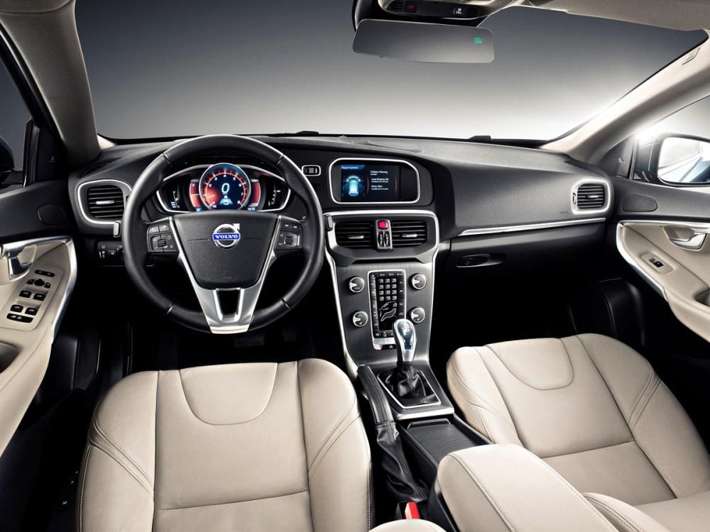 medium resolution of the all new volvo v40 volvo sensus new personalised interactive dashboard volvo car uk media newsroom