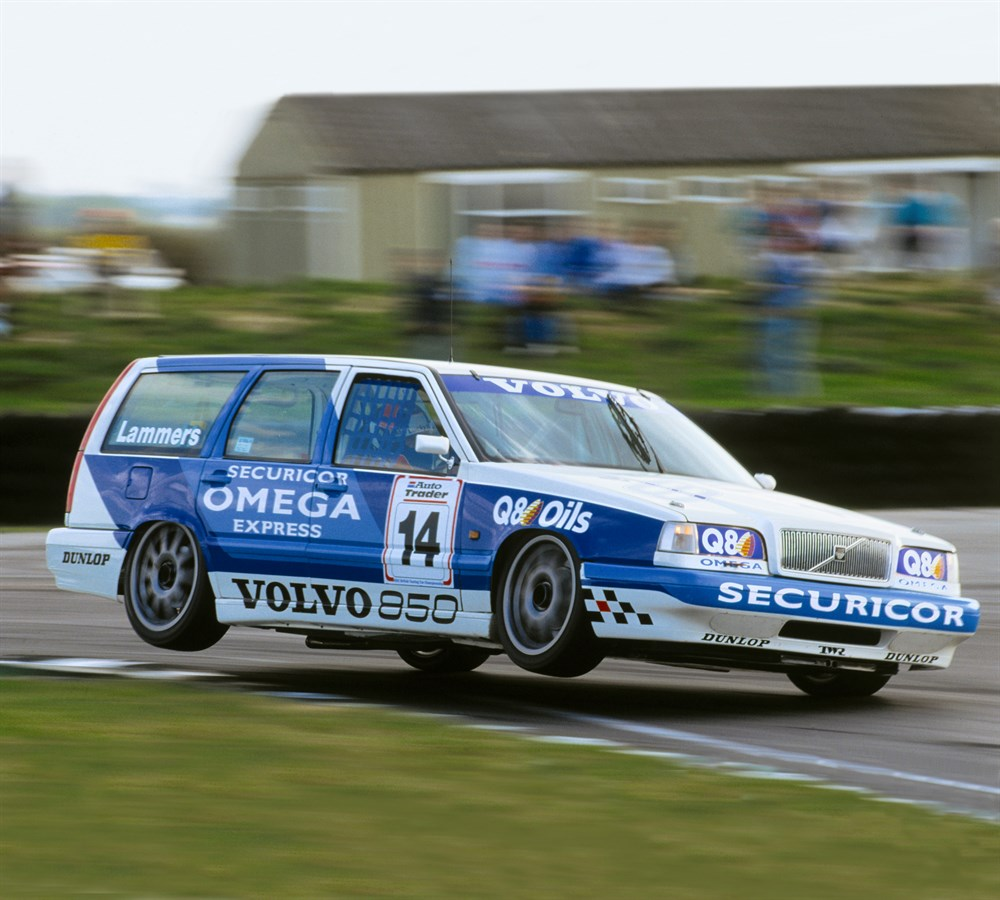 medium resolution of twenty years since volvo made its debut in the btcc with the 850 estate volvo car group global media newsroom