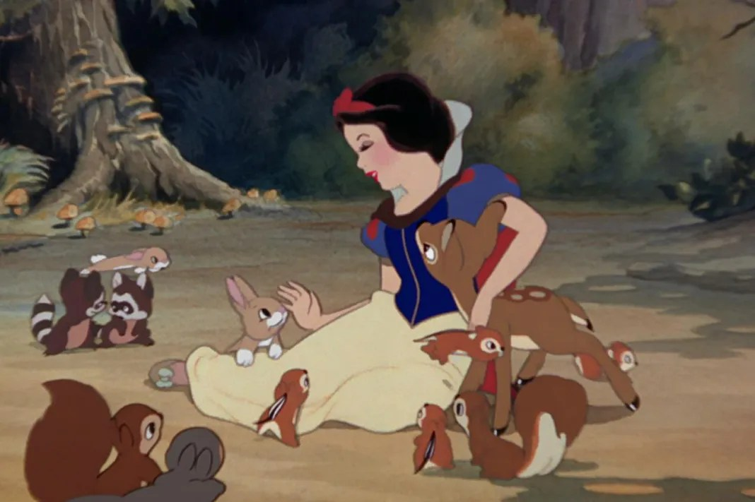 7 Not So Magical Facts About Snow White and the Seven Dwarfs