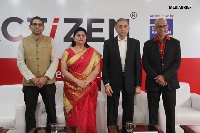 IMAGE-DIGNITARIES AT THE LAUNCH OF THE ACTIZEN CONTEST FROM DESH APNAYEN-MediaBrief