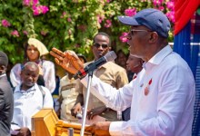 Photo of Sanwo-Olu commissions 31 network of roads to fulfill campaign promise