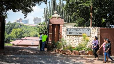 Photo of Parktown Boys High School Principal back to work