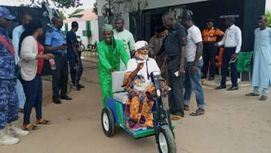 Photo of After 29 years of crawling, polio victim climbs mobility cart