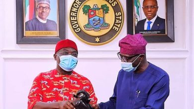 Photo of Gov. Ikpeazu Visits Sanwo-Olu, Condemns Attack