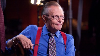 Photo of Larry King dies aged 87