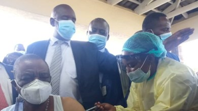 Photo of Zimbabwe Covid-19 Vaccine rollout starts as VP Chiwenga get first jab
