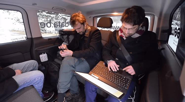 Retour sur un road-trip numérique et journalistique à bord d'un mini-bus