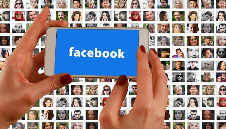 Facebook : plateforme de contenu ou véritable média  ?